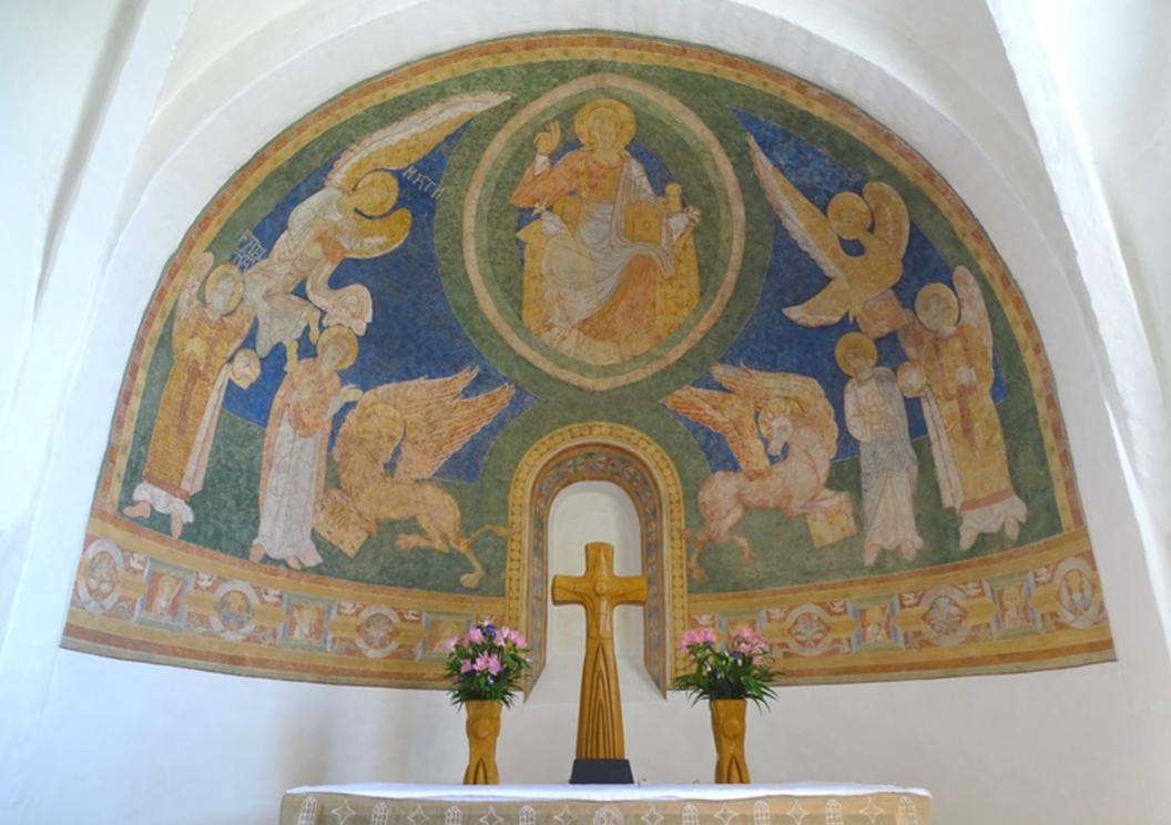 """Apsis i Alsted Kirke. Fotoet er med i bogen """"100 ting at se - på Midtsjælland""""."""